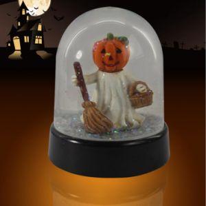 Custom Plastic Halloween Theme Snow Globe for Deco pictures & photos