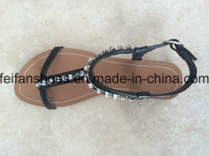 Women Casual Flat Sandals with Jewel Slip-on Shoes Customized (FFSD-02) pictures & photos