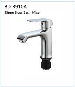 Bd3910g 35mm High Quality Brass Built-in Bath Faucet pictures & photos