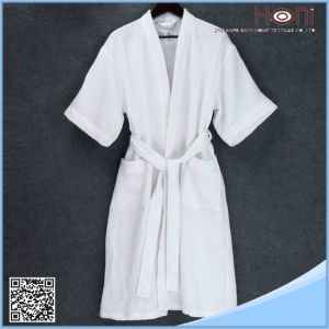 High Quality White Bathrobe