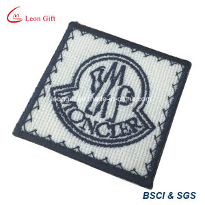 Factory Customized Embrodiery Bullion Emblem/Patch pictures & photos