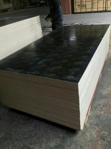 Film Faced Plyhwood, WBP Glue, Black Film, Size 4′x8′12mm pictures & photos