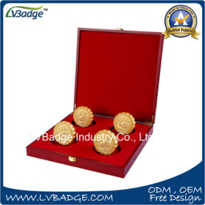 Customized Gold Souvenir Coin with Gift Box pictures & photos