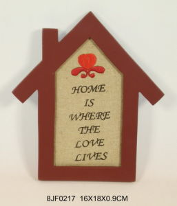 Wooden Vintage House-Shaped Wall Art in MDF with Embroidery pictures & photos