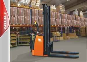 CE / ISO9001 / SGS Full Electrc Stacker pictures & photos