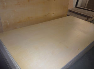 Glossy UV Birch Fancy Furnirure Plywood pictures & photos