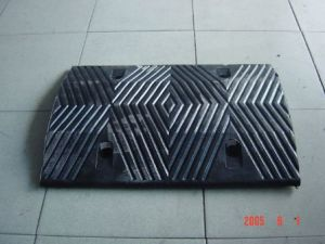 2015! New Road Bumper/Rubber Suffering Barrier pictures & photos