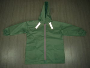 Children′s Kids Boys Green Safety Reflective Waterproof Rain Jacket pictures & photos