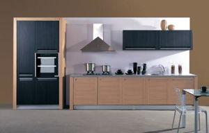 Various PVC Kitchen Cabinet Door/PVC Kitchen Cabinet Door Price pictures & photos
