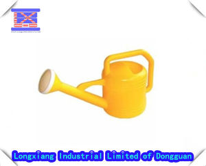 Plastic Garden Sprinkler Can/Plastic Water Pot Mould pictures & photos