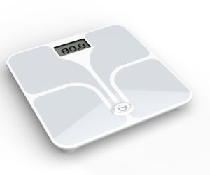 Best Gift Body Fat Scale with 17 Body Healthy Parameters pictures & photos