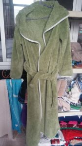 High Quality Plain Fleece Bathrobe for Man and Woman / Pajamas pictures & photos