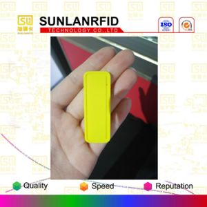 High Temperature Resistance UHF Silicone Rubber Laundry Tags with Factory Price pictures & photos