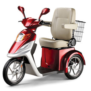 Three Wheel Handicapped Scooter with 500W Brushless Motor pictures & photos