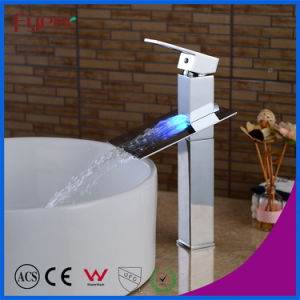 Factory Price Solid Brass Waterfall 3 Color LED Basin Faucet (FD15052BHF) pictures & photos