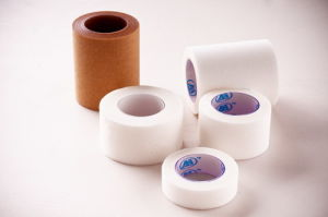 Surgical Adhesive Non-Woven Tape pictures & photos