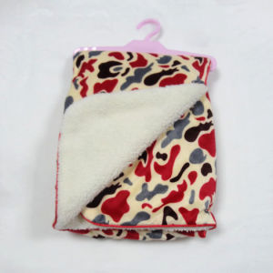 Printed Micro Mink and Solid Sherpa Baby Blanket -Camo Red pictures & photos
