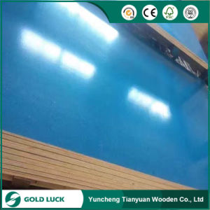 Green/Blue/Customized Color PVC Plastic Coated/ Reused/Film Faced Plywood pictures & photos