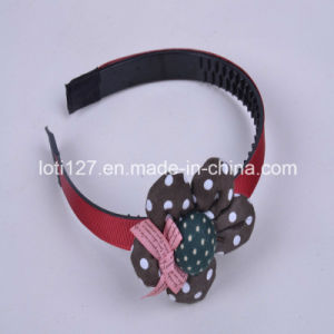 Flower Modelling, Pink Bowknot Ornament, High School Students, The Girl Hair Accessories, Fashion Tiaras, Head Hoop pictures & photos