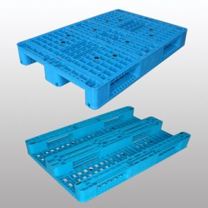 1200X800 Cheap 4-Way Entry Type Single Faced Plastic Pallets pictures & photos