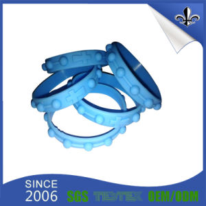 Various Design Custom Eco-Friendly Silicone Wristband for Event pictures & photos