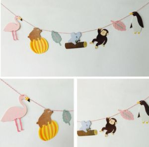 OEM Colorful Animal Design Paper Garland for Hang Decoration pictures & photos