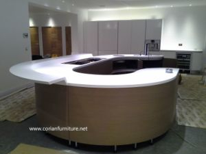 Made in China New Design Kitchen Cabinets Corian Countertop pictures & photos