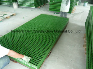 FRP/GRP Plastic Grating, Fibreglass Gating, Glassfiber Plastic, Gritted or Concave Grating. pictures & photos