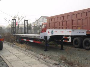 Heavy Duty Tri-Axle 60 Ton Extendable Lowbed Semi Trailer pictures & photos