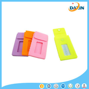 2016 Good Quality Low Price Silicone Business Card Case pictures & photos