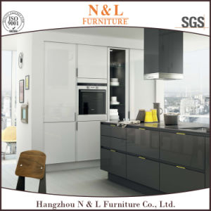 MDF Wooden Furniture Modern Style Wood Kitchen Cabinet pictures & photos