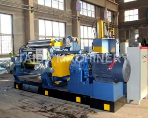 Hardened Gear Automatic Chilled Cast Iron Two Roll Rubber Mixing Mill Machine Xk-400, 450, 560, 610 pictures & photos