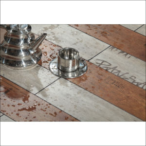 Waterproof HDF Modern Style Laminate Flooring Engineered Wood Flooring pictures & photos