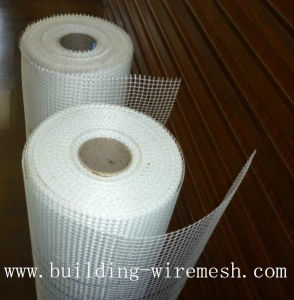 Hot Sale 160G/M2 5mm X 5mm Alkaline Resistant Fiberglass Mesh pictures & photos