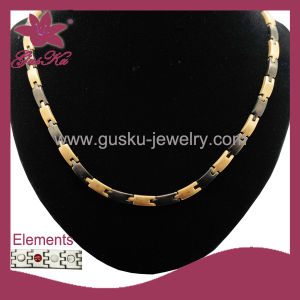 New Fashion Gold Stainless Steel Necklace (2015 Stn-004) pictures & photos