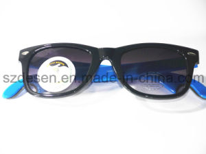 Promotional Customized UVA/UVB Protaction Bottle Opener Sunglasses pictures & photos