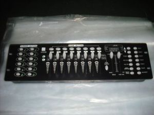 192 Disco DMX Controller DMX 512 DJ Console for Stage Wedding and Event Lighting pictures & photos