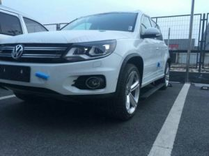 VW Caravel Auto Parts Auto Accessories Power Side Step/ Electric Running Board pictures & photos