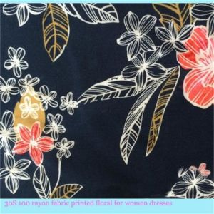 Light Weight Rayon Fabric with Floral Printed for Women Garments pictures & photos