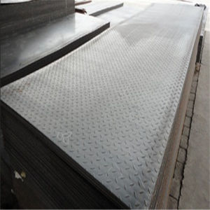 Hr Carbon Steel Black Checkered Floor Plate pictures & photos