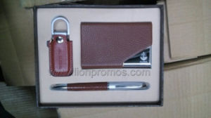 Corporate Executive Business Gifts Leather Name Card Set pictures & photos