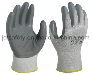 Industrial Work Glove with Sandy Nitrile Dipping (N1552) pictures & photos