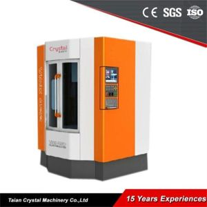 Small CNC Vertical Milling Machine Price Vmc420L pictures & photos