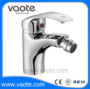 Single Handle Popular Cheap Bidet Faucet (VT10904) pictures & photos