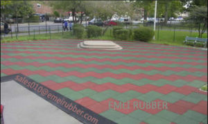 Outdoor Basketball Courts Rubber Tile pictures & photos