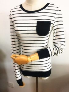 Women Fashion Garment Round Neck Long Sleeve Strip T-Shirt pictures & photos