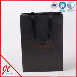 Factory Outlet Hot Sale Holiday Black Paper Bag with Logo Hot Stamping pictures & photos