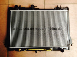 Aluminum Plastic Brazed Auto Radiator for Isuzu D-Max 2012 pictures & photos