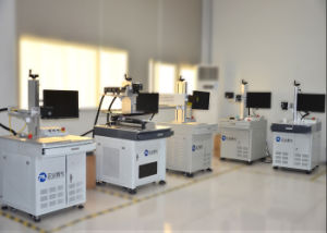 High Precision CO2 Laser Marking Machine on Non-Metal pictures & photos