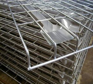 Warehouse Storage Rack and Shelving Using Wire Mesh Deck pictures & photos